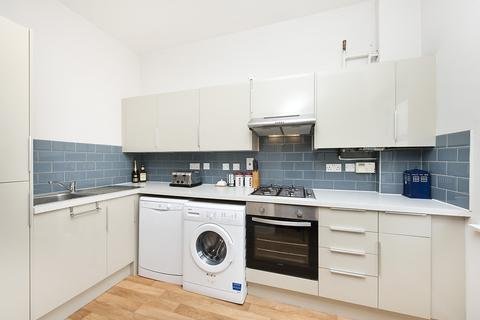2 bedroom apartment to rent - Raleigh Court, Clarence Mews, London, SE16