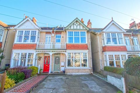 2 bedroom apartment to rent - Southview Road, Southwick