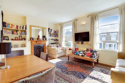 3 bedroom maisonette for sale - Hugo Road, London, N19