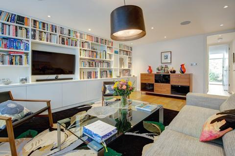 2 bedroom terraced house to rent - The Limes, Linden Gardens