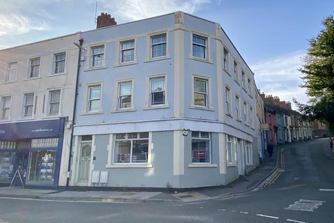 2 bedroom flat to rent - The Triangle, Clevedon,