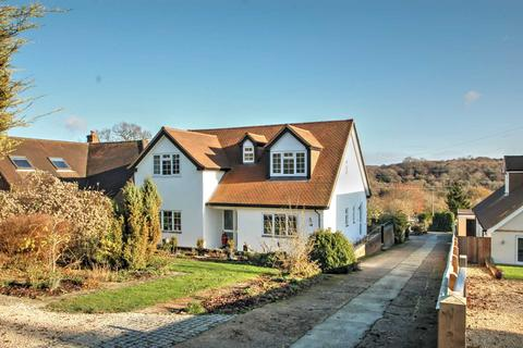 4 bedroom detached house for sale - Bledlow Ridge