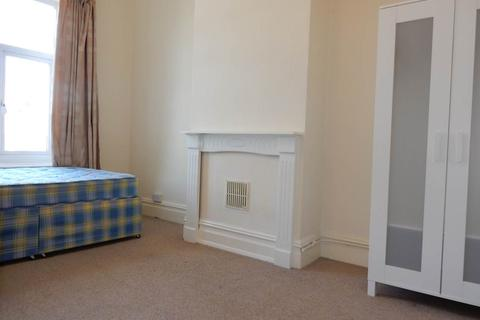 1 bedroom house share to rent - Wells Road, Knowle, Bristol