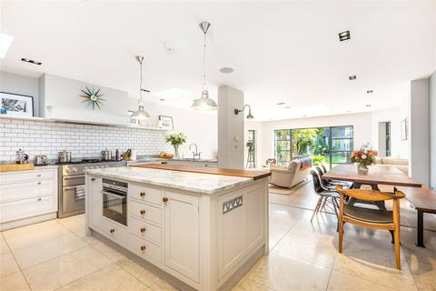 5 bedroom semi-detached house for sale - Hendham Road, London, SW17