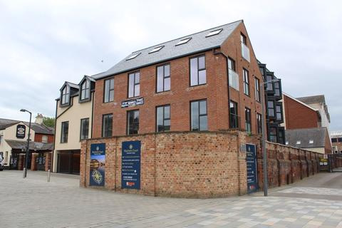 Studio to rent - Mariners Court, TheDocks, Gloucester