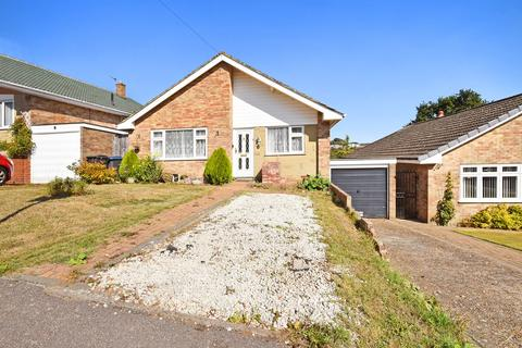 3 bedroom detached bungalow for sale - Lyndhurst Road, River, Dover, CT17