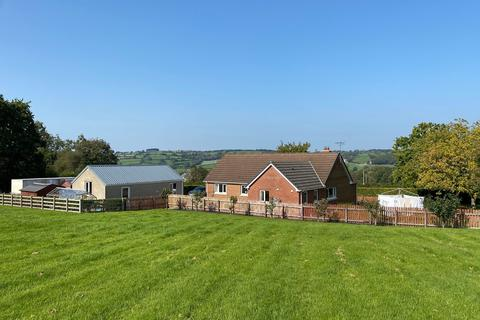 4 bedroom property with land for sale - Cellan, Lampeter, SA48