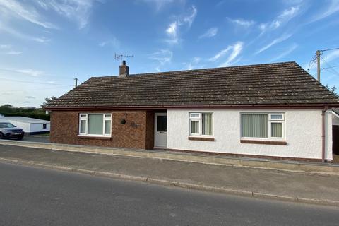 3 bedroom detached bungalow for sale - Saron, Llandysul, SA44