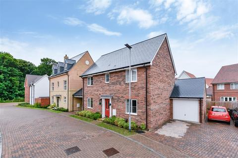 4 bedroom detached house to rent - Gillyflower Way, Red Lodge