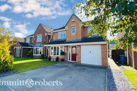 4 bedroom detached house for sale - Douglas Way, Murton, Seaham