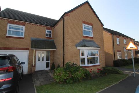 4 bedroom detached house for sale - Lyons Drive, Allesley, Coventry