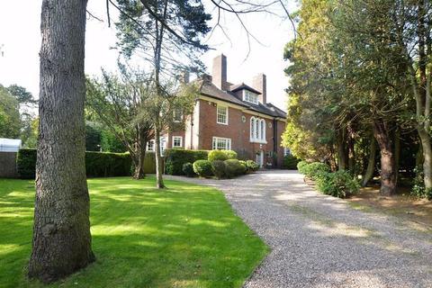 6 bedroom detached house for sale - Noctorum Road, Noctorum, CH43