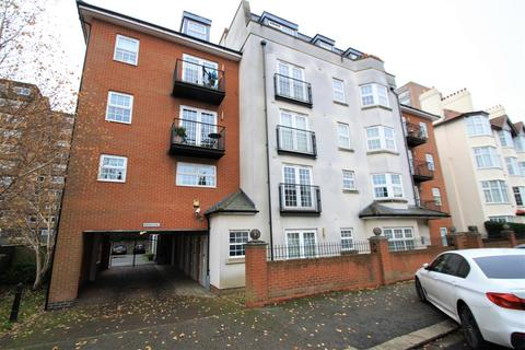 2 bedroom apartment to rent - Alexandra Road, Southend-On-Sea