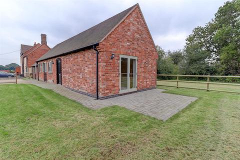 2 bedroom barn conversion to rent - Bockendon Road, Coventry