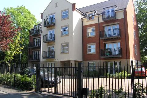 2 bedroom apartment to rent - Knighton Park Road, Clarendon Park
