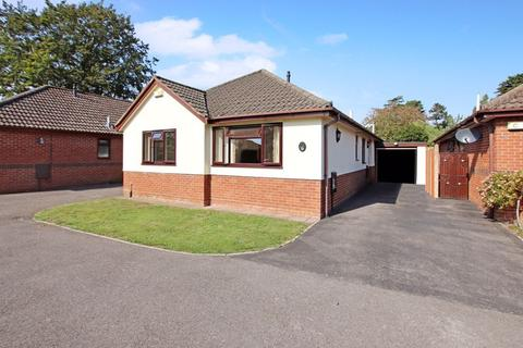 3 bedroom detached bungalow for sale - CHRISTCHURCH