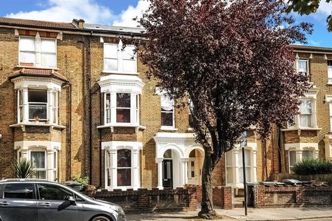 3 bedroom maisonette for sale - Victoria Road, Stroud Green
