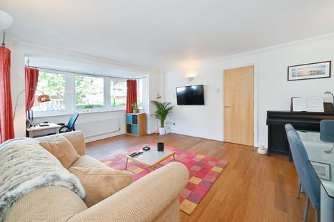 2 bedroom apartment for sale - Grenade Street, London, E14