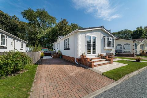 2 bedroom mobile home for sale - Dover Road, Barham, Canterbury