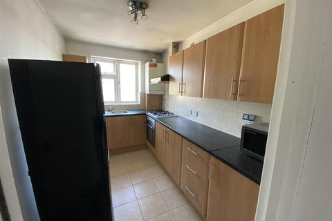 1 bedroom flat to rent - Hounslow Road, Feltham