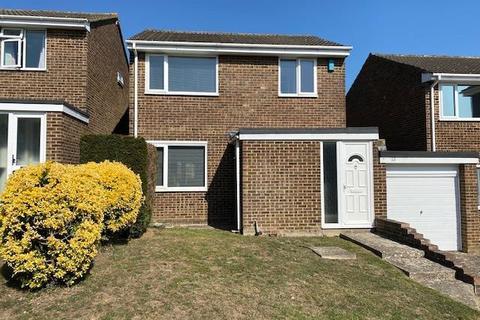 3 bedroom detached house - Littlebourne Road, Maidstone