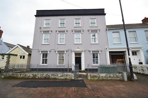 2 bedroom flat for sale - Main Street, Pembroke
