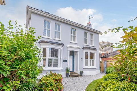 4 bedroom detached house for sale - St. Lukes Road, Cheltenham