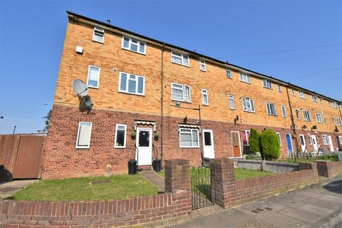 2 bedroom maisonette for sale - Classon Close, West Drayton, UB7