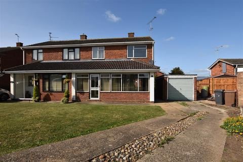3 bedroom house for sale - Marklay Drive, South Woodham Ferrers