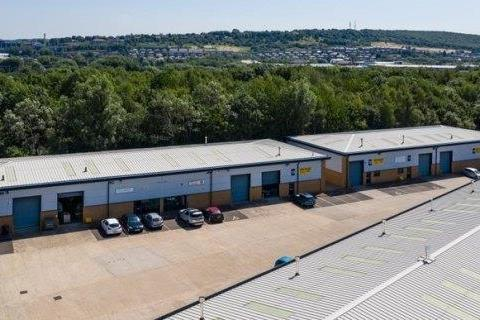 Industrial unit to rent - Aspen Court, Bessemer Way, Templeborough, Rotherham, South Yorkshire, S60 1FB