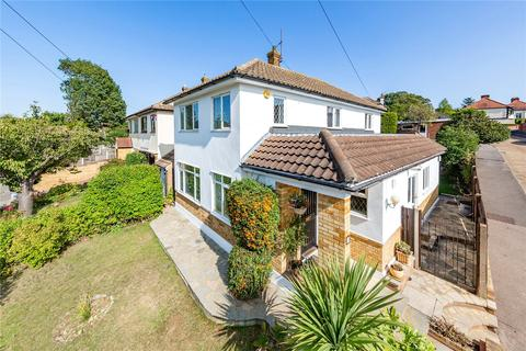 4 bedroom detached house for sale - Grey Towers Gardens, Hornchurch, RM11