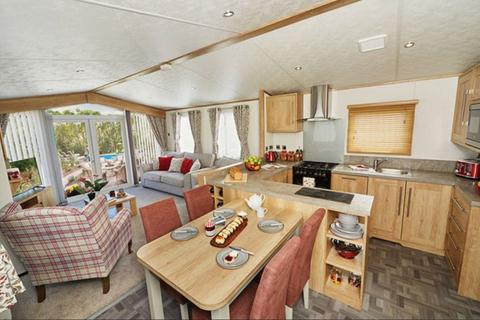 2 bedroom lodge for sale - Carnaby Glenmoor Lodge For Sale New Forest