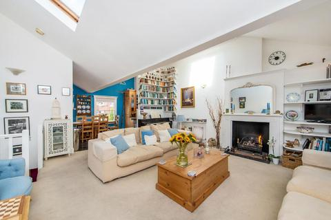 3 bedroom flat for sale - Judd Street, Bloomsbury