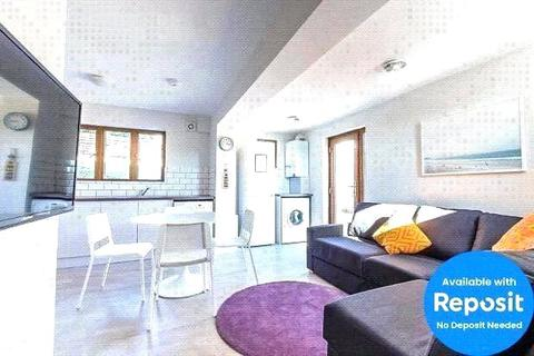 1 bedroom semi-detached house to rent - Norwich Drive, Brighton, BN2