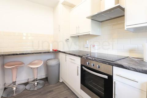 4 bedroom flat to rent - Cecil Rhodes, Goldington Street, London NW1
