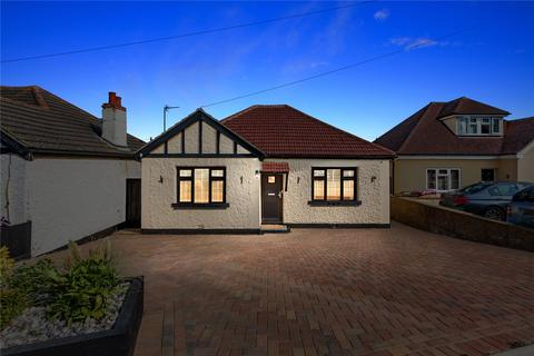 2 bedroom bungalow for sale - Berry Lane, Langdon Hills, Basildon, Essex, SS16