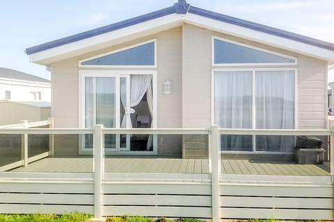 2 bedroom lodge for sale - Delta Canterbury, New Beach, Dymchurch