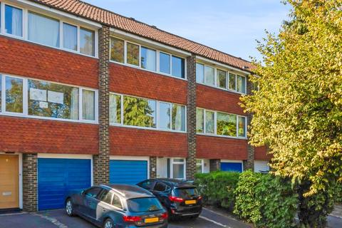 3 bedroom townhouse for sale - Sydcote, West Dulwich, London, SE21 8LH