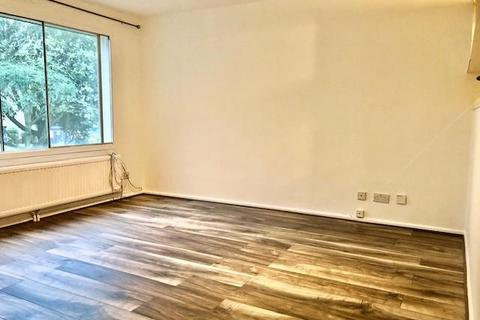 Studio to rent - Bristol Close,  Staines-Upon-Thames,  TW19