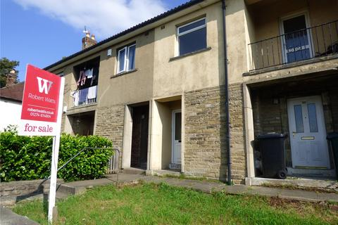 2 bedroom apartment to rent - Greenfield Avenue, Shipley, BD18