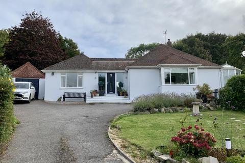4 bedroom detached bungalow for sale - Pardys Hill, Corfe Mullen, BH21 3HW