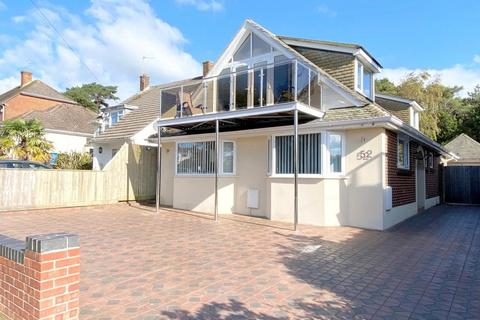 4 bedroom detached bungalow for sale - Napier Road, Poole, BH15 4NA