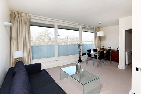 2 bedroom flat to rent - St James's Square, St. James's, London