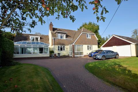 5 bedroom detached house for sale - Elmdene, West Raddon, EX17