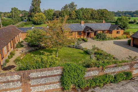5 bedroom equestrian property for sale - East Tytherley Road, Lockerley, Romsey, Hampshire