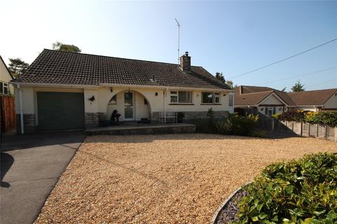 2 bedroom bungalow for sale - Woodlands Way, St. Ives, Ringwood, Hampshire, BH24