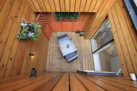 3 bedroom townhouse for sale - Roof Gardens, Ellesmere Street, Castlefield