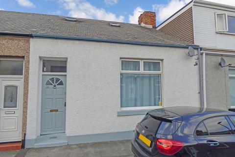 2 bedroom cottage for sale - Francis Street, Fulwell, Sunderland, Tyne and Wear, SR6 9RQ