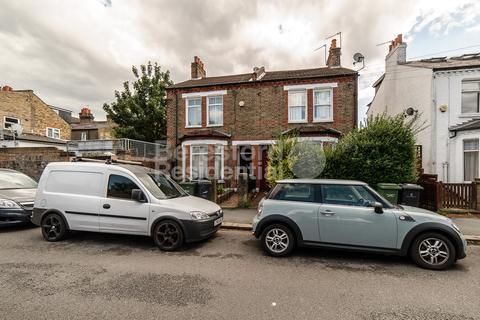 2 bedroom apartment - Chale Road, Brixton, SW2