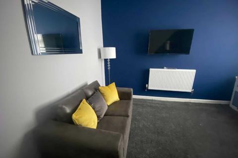 4 bedroom house share to rent - Fitzwarren Street, Salford.